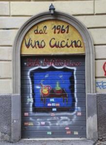 Cliccando sulla foto si apre una galleria immagini dedicata al Maestro delle Serrande dipinte.